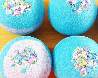 Bath bomb. Spa Bath bombs. Mermaid Bath Bombs. Mermaid Spa Party. MERMAID KISSES Bath Bombs. Under the Sea Party. Mermaid decor. Ariel