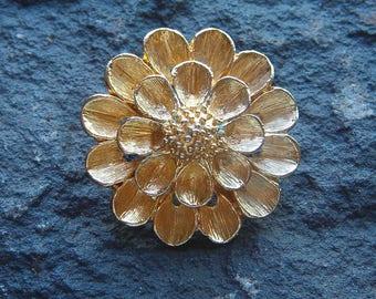 Vintage D.F.A. Pendant/Enhance Flower, DuBarry Fifth Avenue Jewelry, DFA Pendant, Gold Flower Pendant, Vintage Pendant, Gold Tone Pendant