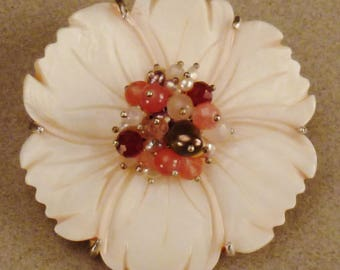 FLOWER Brooch, 1960s MOP, AGATE and faux pearls center large size app 2 3/4 diameter inches