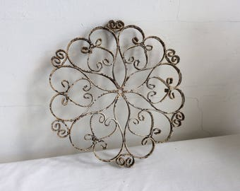 1950s 1960s Metal Scroll Footed Trivet Hot Plate or Base Mid Century Porch Patio Shabby Chic Distressed Chippy Paint Rust Rusty
