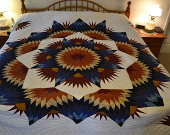 "Amish Broken Twinkling Star King Quilt, 105""x 118"""