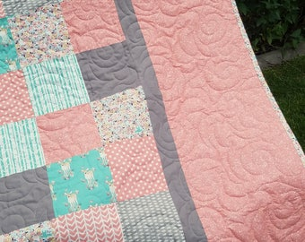 Custom Twin Size Quilt, Comforter, Your choice of fabric and Design
