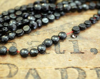 Antique Nailhead Bead Hank Mourning Beads Jet Glass Beads Tiny 3.5mm Faceted Round (132 hank) SDX2