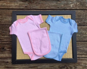Monogrammed baby gift set.  Baby bodysuit and burp cloth.  Preppy striped baby set.  Baby Boy Gift Set. Baby Girl Gift Set.  0-6 month size.