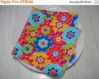 SALE Cloth Napkins Floral Bright Colors Set of 4