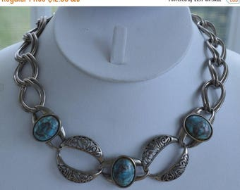 "On sale Pretty Vintage Faux Turquoise, Silver tone Bold Link Necklace, 16""  (Y10)"