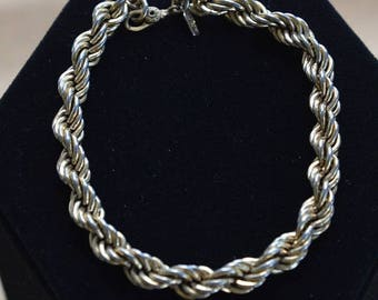 "ON SALE Monet Gold tone Rope Bracelet, Vintage, 8"" (AO6)"