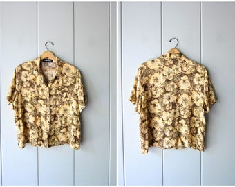 90s Floral Blouse Rayon Boxy Top Short Sleeve Crop Top Yellow Flower Print Tropical Tee Summer Casual Resort Shirt Vintage Womens Large