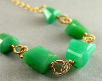 25 OFF Chrysoprase and Gold Necklace