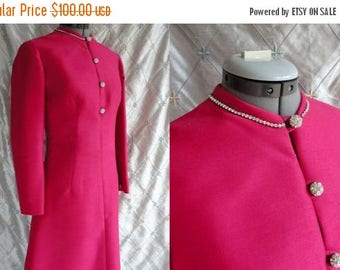 ON SALE 60s Dress //  60s Party Dress // Vintage 1960s Deep Pink Dress with Rhinestone Buttons and Collar Size L