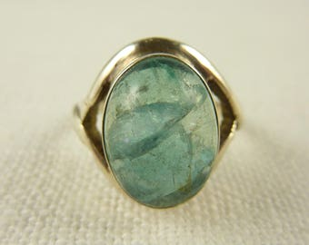 Vintage Size 7.25 Sterling and Blue Quartz Round Stone Ring