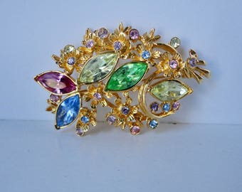 Vintage Signed DEIDRE HALL Gold tone with Multi Colored  Rhinestones Brooch/Pin.