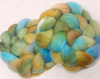 Hand painted roving, English Whitefaced Woodland, Penistone, fiber, combed tops, British rare breed, roving, top, Ley Lines