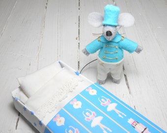 Nutcracker mouse Stuffed felt animal blythe pet tin soldier felt doll gold mouse in a box turquoise quiet play set stocking stuffer