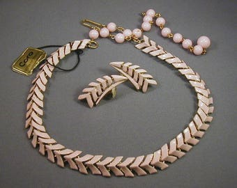Coro Pink Modernist Chevron Necklace and Earrings Set Original Tag
