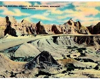 Vintage South Dakota Postcard - Scenic Drive in the Badlands (Unused)