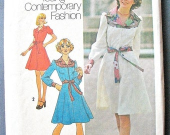 ON SALE Simplicity 7130 From the year 1974 Misses' OnePiece Dress in Two Lengths Vintage Sewing Pattern Bust 34