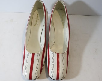 Margaret Jerrold Round toe shoes Pumps White RED Sixties