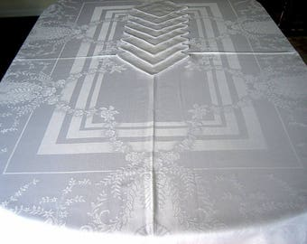 """Gorgeous Silver Gray DAMASK TABLECLOTH Vintage Supple Smooth Flowers Lovely 76"""" & 8 Napkins"""