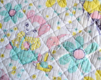 Vintage Baby Quilt Blanket - 1950s Teddy Bear Pastel - 34 x 46