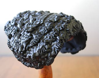 Vintage Black Raffia Hat/ Fascinator - Black Straw Hat -  1950's - High Fashion