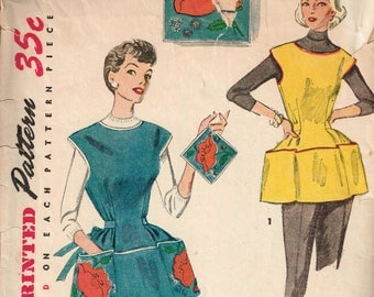 50s Apron Pattern Simplicity 4492 Cobbler Apron Pattern With Pockets and Floral Transfers Vintage Apron and Potholder 1953 Sewing Pattern