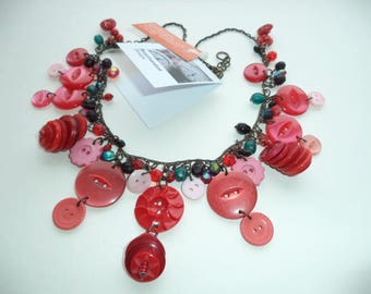 OOAK red buttons necklace -  pink - button stacks - eco friendly jewelry - gift for her -  hippie jewellery - boho necklace - Etsy UK Shop
