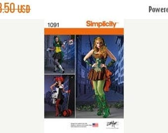 Halloween Villains Costumes Patterns--UNCUT--Womens Multi 6-14 Sizes -- 40-70% off Patterns n Books SALE