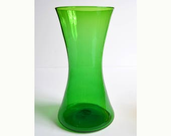 vintage BLENKO jade green  No. 5519 vase