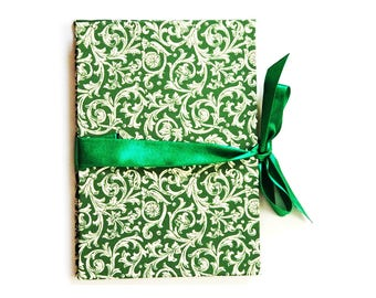 Photogift, green Brag Book, Zigzag- Photo- Book, Renaissance ornament Accordion Book, Baby Album, gift idea for grandparents