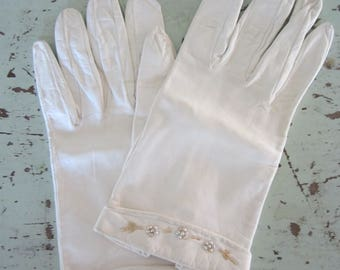 Vintage Lauffer Kid Gloves Bead and Pearl Embellishments Size 7 Creamy Leather Gloves Made In Spain