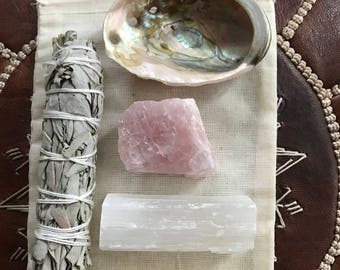 Smudge kit- LOVE bundle , sage, abalone shell, rose quartz crystal, palo santo stick, selenite stick,