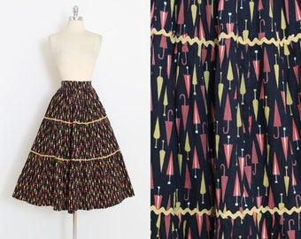 Vintage 50s Skirt | 1950s novelty print skirt | umbrella print skirt | 6000