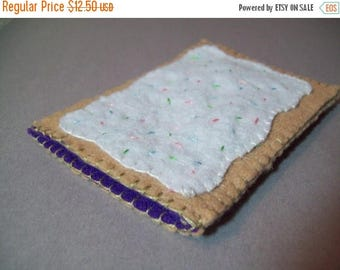 FLASH SALE Felt Poptart cozy/pouch (Blueberry)- Great cozy for ipods, phones, cameras, etc