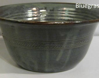 Pottery Serving Bowl, Handmade bowl, 2 quart, vegetable bowl, mixing bowl