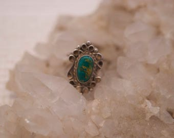Vintage Native American Navajo Southwestern Sterling Silver 925 Turquoise Ring US 6.5  .....6225