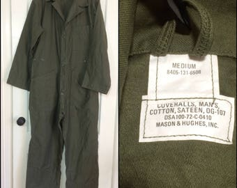 deadstock 1970's US Military coveralls jumpsuit size Medium cotton sateen OG-107 olive green 1972 Mason Hughs #103