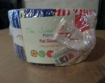 The Sweet Life Prints Jelly Roll by Pat Sloan for Moda Fabrics