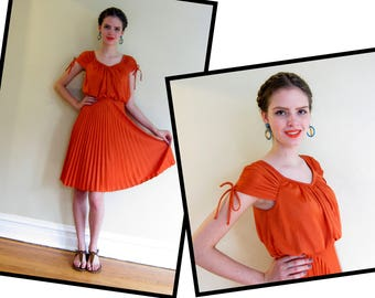 Vintage 1970s Orange Summer Dress / 70s Boho Dress with Pleated Skirt Grecian Disco Small