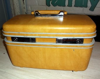 Vintage Mustard Yellow Samsonite Train Case Traincase Suitcase Carry On Luggage 1970's 1980's