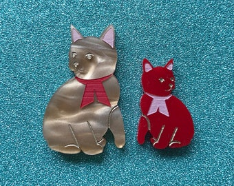 Mini Kitty Brooch Set with Tiny Baby Kitten - Gold and Red