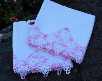 Vintage Pillowcases-Crochet Trim-Pink-Cotton Pillowcase-Vintage bedding-Pillowcase set-Hand Crochet-Lace Trim
