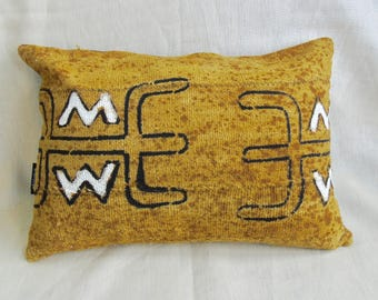 "African Mudcloth Pillow 18"" x 13"" African mudcloth bogolanfini accent pillows"
