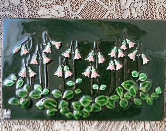"""Retro 6 1/4"""" x 9 1/2"""" / floral/ Linnea / pottery / retro / ceramic /  plaque /  wall decor / wall hanging / wall plaque from Jie, Sweden"""