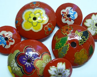 OOAK Bead Set, Red Lacquer Wood with Origami Decoupage 3 Large, 4 Small Saucer Shapes Handmade in Hawaii USA Beads 19