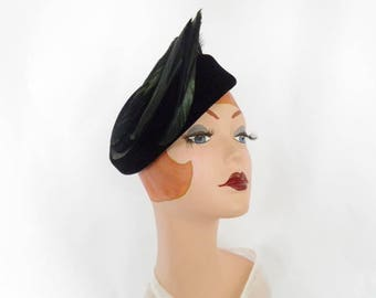 1950s black hat, vintage velvet 50s/60s with black feather, beading