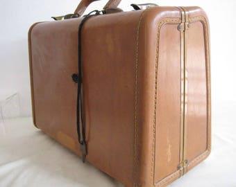 vintage Samsonite Caramel colored Shwayder Brothers Hard Body Suitcase