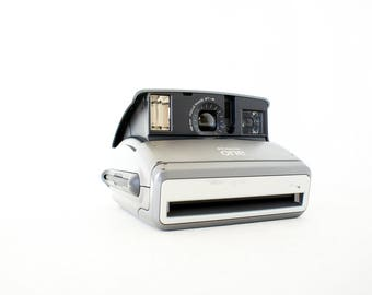 Polaroid One600 Black and Silver Camera - Film Tested Working
