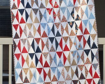 SALE Dizzy Diamonds Quilt (46 in. x 63 in.)