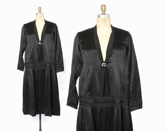 Vintage 20s Black Satin Dress / 1920s Sailor Style Pleated Skirt Rayon Dress L